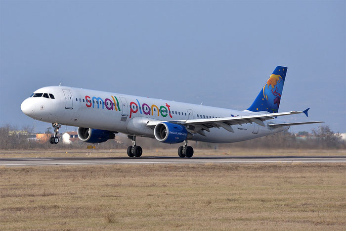 SP-HAZ A321-211 3191 Small Planet Airlines Poland @ Aeroporto di Verona 18.02.2017  © Piti Spotter Club Verona
