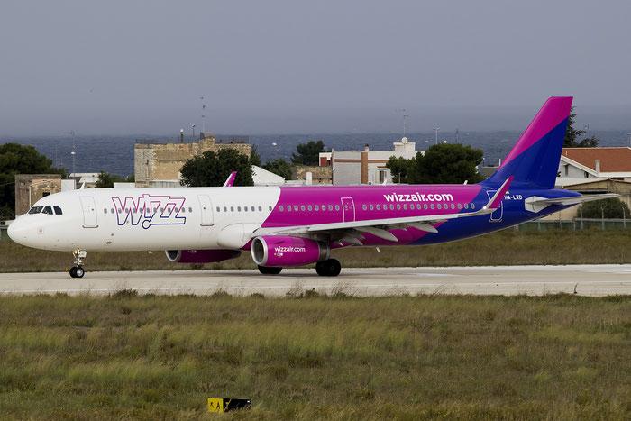 HA-LXD A321-231 7032 Wizz Air @ Bari Airport 10.11.2016 © Piti Spotter Club Verona