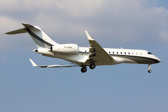 M-AAAL Global 6000 9443 ALM Jet Ltd. @ Bologna Airport 07.09.2014 © Piti Spotter Club Verona