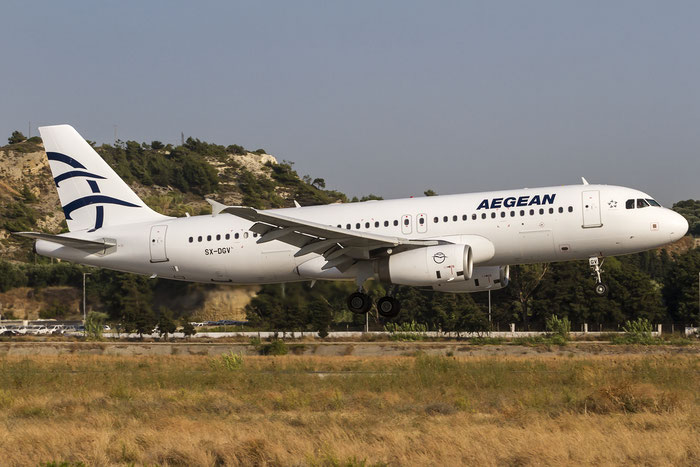 SX-DGV A320-232 1856 Aegean Airlines @ Rhodes Airport 08.07.2015 © Piti Spotter Club Verona