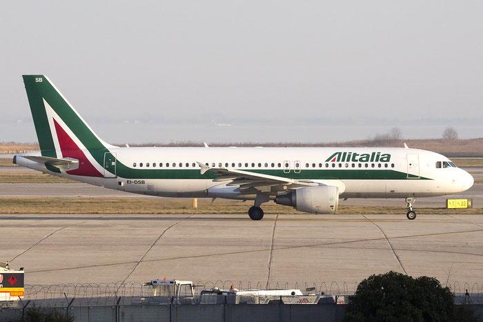 EI-DSB A320-216 2932 Alitalia @ Venezia Airport 08.02.2015 © Piti Spotter Club Verona
