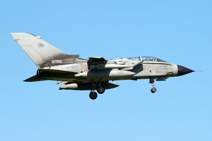 MM7043  6-25  Tornado IDS  369/IS042/5052  GEA 6° Stormo @ Aeroporto di Verona   © Piti Spotter Club Verona