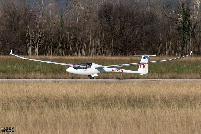 G-CKCR - LAK 19T - @ Aeroporto Verona Boscomantico © Piti Spotter Club Verona