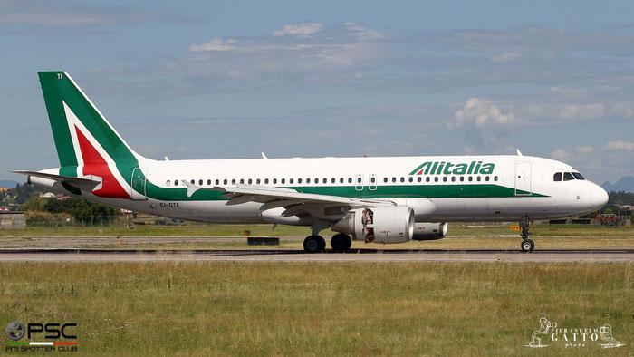 EI-DTI A320-216 3976 Alitalia @ Aeroporto di Verona 07.07.2018  © Piti Spotter Club Verona
