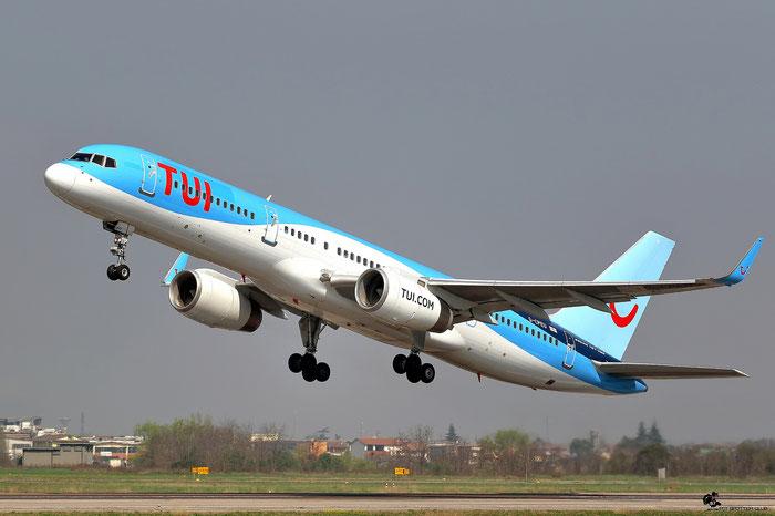 G-CPEU B757-236 29941/864 Thomson Airways @ Aeroporto di Verona 25.03.2017  © Piti Spotter Club Verona