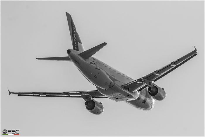 CS-TTR A319-112 1756 TAP Portugal - Transportes Aéreos Portugueses - @ Aeroporto di Verona - 13/10/2016 © Piti Spotter Club Verona