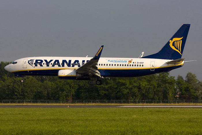 EI-EKP B737-8AS 35028/3199 Ryanair @ Treviso Airport 30.05.2012 © Piti Spotter Club Verona