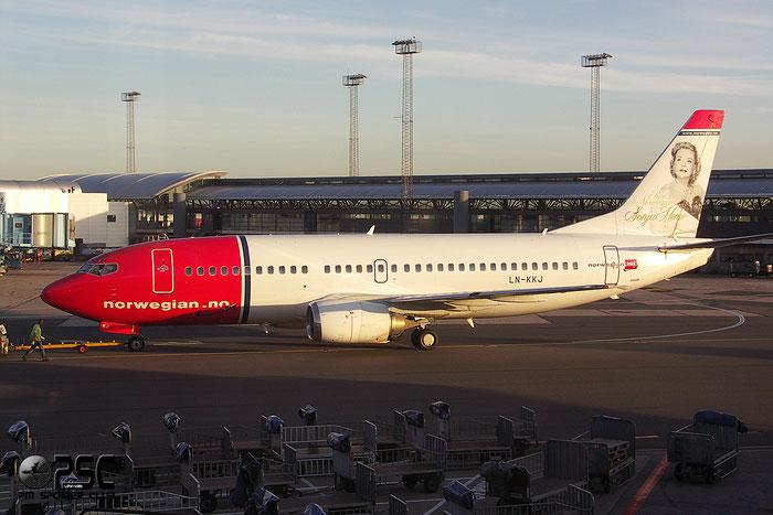 LN-KKJ B737-36N 28564/2936 Norwegian @ Copenhagen Airport 2005 © Piti Spotter Club Verona