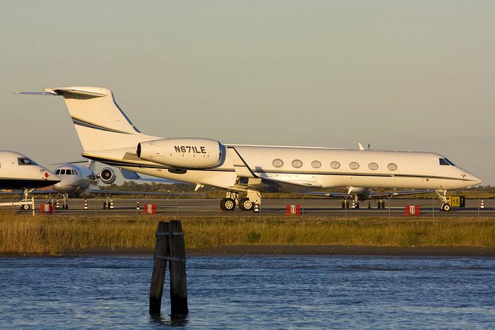 N671LE G550 5130 Access Industries @ Venezia Airport 27.08.2012 © Piti Spotter Club Verona
