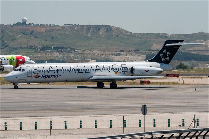 EC-KHA MD-87 49611/1522 Spanair @ Madrid Airport 2013 © Piti Spotter Club Verona