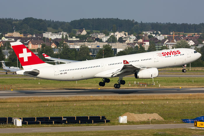 HB-JHE A330-343E 1084 Swiss International Air Lines @ Zurich Airport 20.07.2014 © Piti Spotter Club Verona