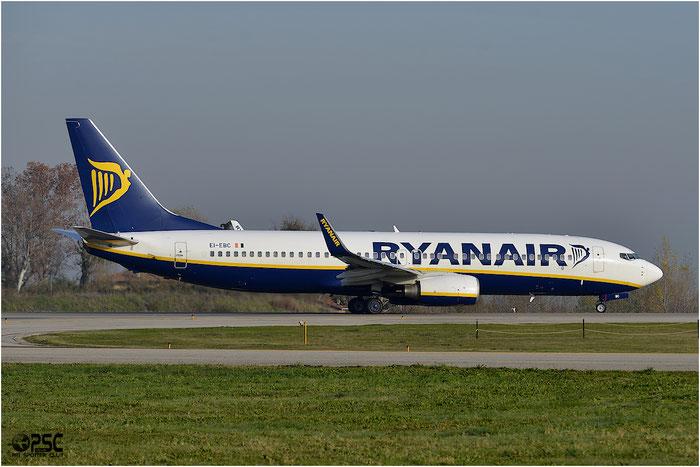 EI-EBC B737-8AS 37520/2780 Ryanair @ Bologna Airport 06.12.2013 © Piti Spotter Club Verona
