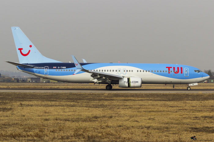 G-TAWB B737-8K5 37242/3917 Thomson Airways