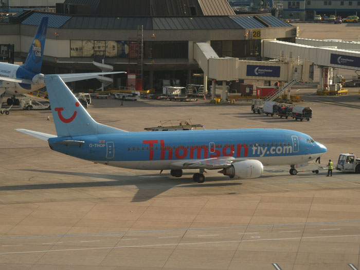 G-THOP B737-3U3 28740/3003 Thomson Airways @ Manchester Airport 21.07.2012 © Piti Spotter Club Verona
