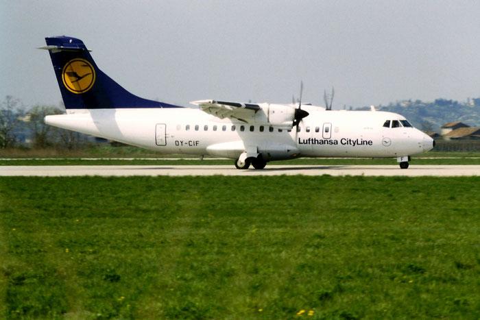 OY-CIF  ATR42-310  012A  Lufthansa CityLine  @ Aeroporto di Verona © Piti Spotter Club Verona