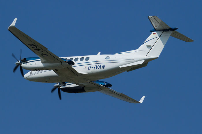 D-IVAN Raytheon Aircraft Co B200 King Air BE20 BB-1662 @ Aeroporto Verona Boscomantico © Piti Spotter Club Verona