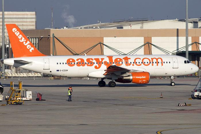 G-EZUH A320-214 4708 EasyJet Airline @ Venezia Airport 02.02.2015  © Piti Spotter Club Verona