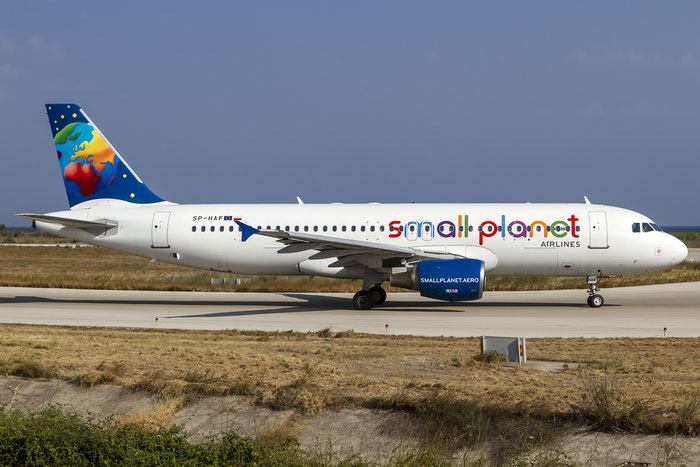 SP-HAF A320-214 914 Small Planet Airlines Poland @ Rhodes Airport 06.07.2015 © Piti Spotter Club Verona
