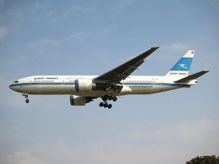 9K-AOB B777-269ER 28744/145 Kuwait Airways @ London Heathrow Airport 08.2007 © Piti Spotter Club Verona
