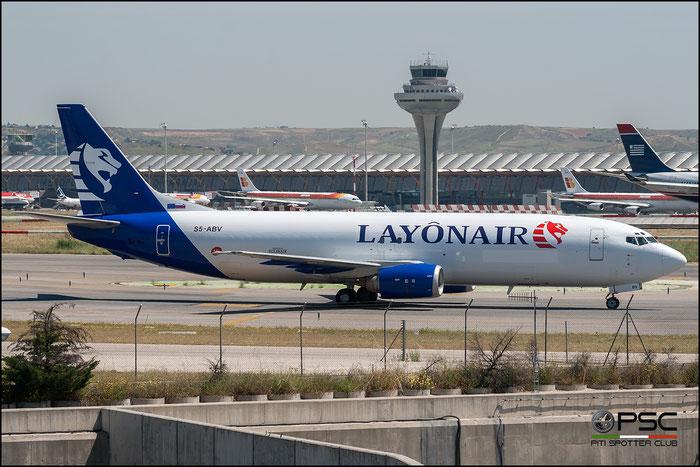 S5-ABV  B737-4K5SF  24128/1715  Layonair @ Madrid Airport 2011 © Piti Spotter Club Verona