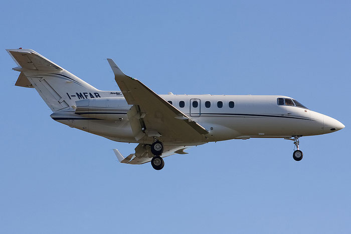I-MFAB BAe125-900XP HA-0074 Skybridge AirOps @ Venezia Airport 05.11.2012 © Piti Spotter Club Verona