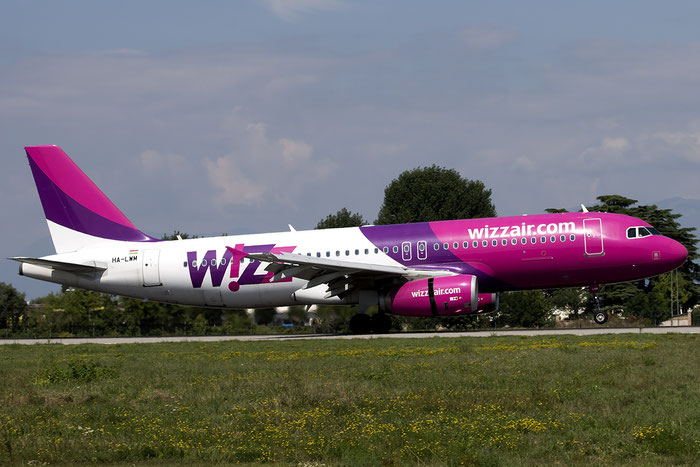 HA-LWM A320-232 5021 Wizz Air @ Treviso Airport 22.08.2015 © Piti Spotter Club Verona