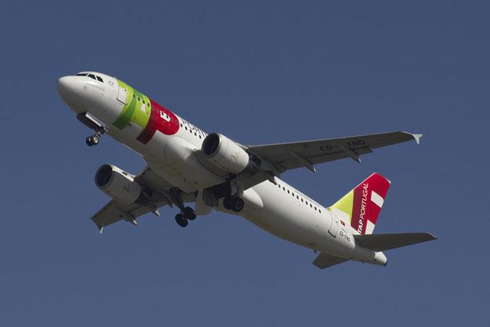CS-TNG A320-214 945 TAP Portugal - Transportes Aéreos Portugueses @ Bologna Airport 10.03.2012 © Piti Spotter Club Verona