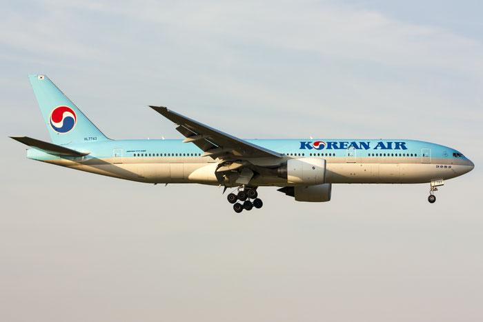HL7743 B777-2B5ER 34208/584 Korean Air @ Zurich Airport 20.07.2013 © Piti Spotter Club Verona