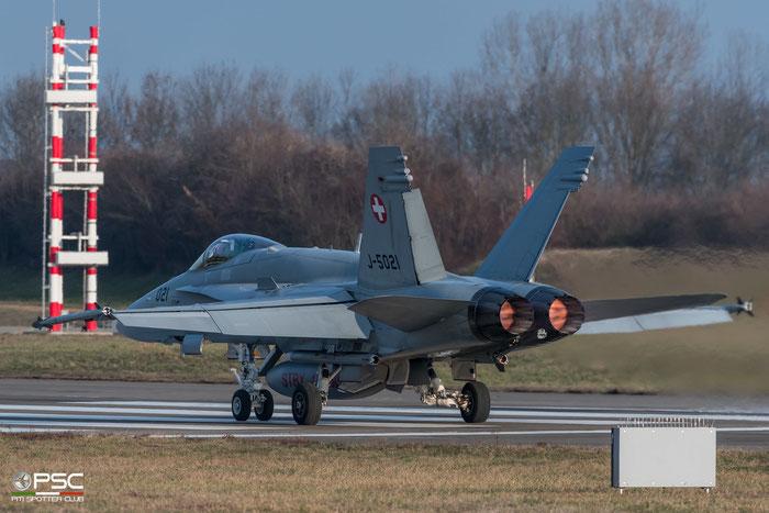 J-5021   F/A-18C-49-MC  1370/SFC021   © Piti Spotter Club Verona
