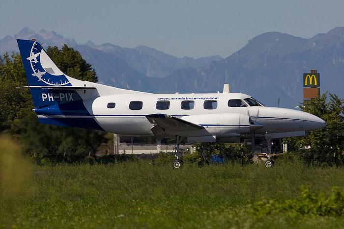 PH-PIX SA226T T-267 Aerodata Remote-Sensing BV @ Treviso Airport 14.09.2011 © Piti Spotter Club Verona