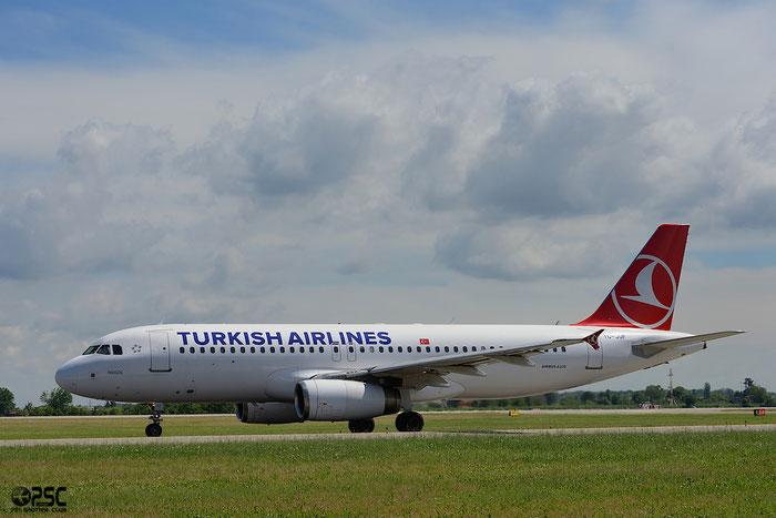 TC-JUF A320-232 2164 Turkish Airlines - THY Türk Hava Yollari @ Bologna Airport 04.05.2014 © Piti Spotter Club Verona