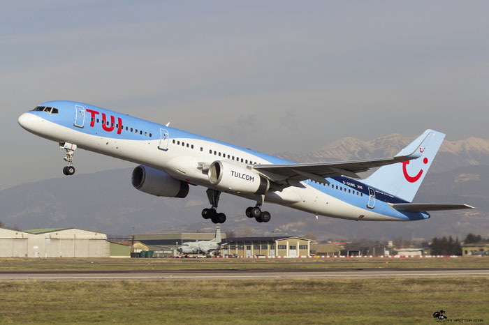 G-OOBE B757-28A 33100/1029 TUI Airways @ Aeroporto di Verona 20.01.2018  © Piti Spotter Club Verona
