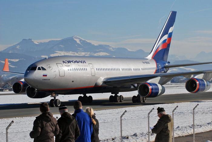 74393201005 Il-96-300 RA-96008 Aeroflot Rus. Al @ Salzburg Airport 2011 © Piti Spotter Club Verona