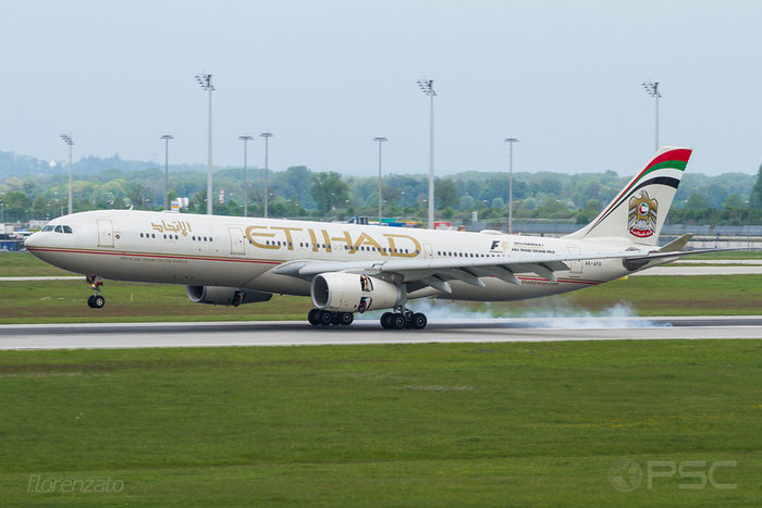 A6-AFD A330-343E 1205 Etihad Airways @ Munich Airport 15.05.2016 © Piti Spotter Club Verona