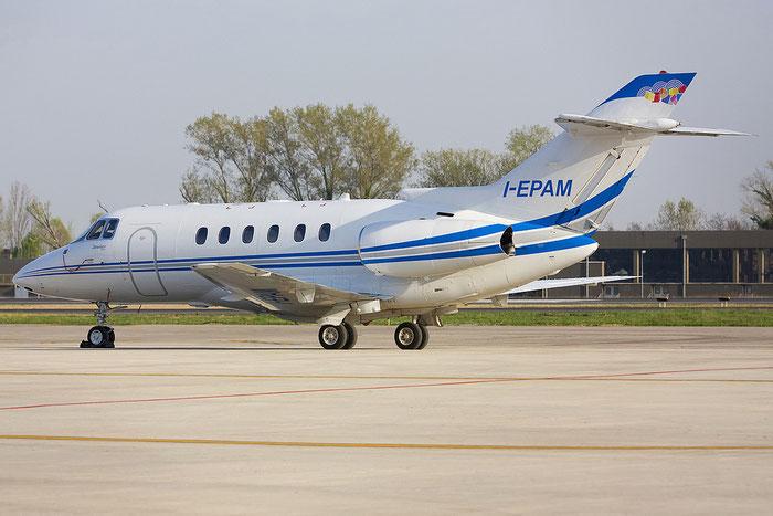 I-EPAM BAe125-750 HB-32 Leasint SpA @ Treviso Airport 27.03.2012 © Piti Spotter Club Verona