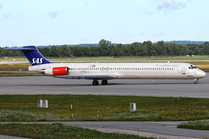 LN-RML MD-82 53002/1835 SAS Scandinavian Airlines - Scandinavian Airlines System  @ Munich Airport 05.2009 © Piti Spotter Club Verona