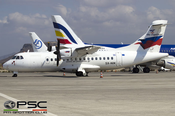 SX-NIK ATR42-320 291 Sky Express @ Heraklion Airport 09.2016 © Piti Spotter Club Verona