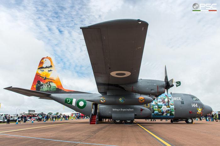 144   Pakistan Air Force C-130  © Piti Spotter Club Verona
