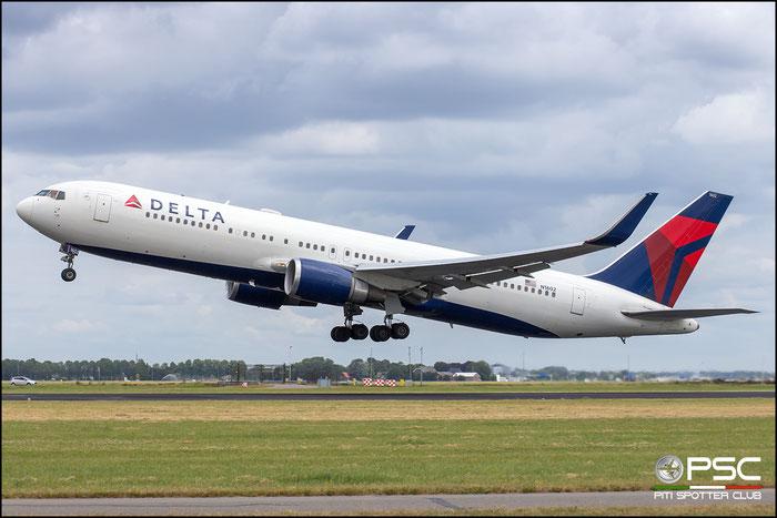 N1602  B767-332ER  29694/735  Delta Air Lines  @ Amsterdam 2019 © Piti Spotter Club Verona