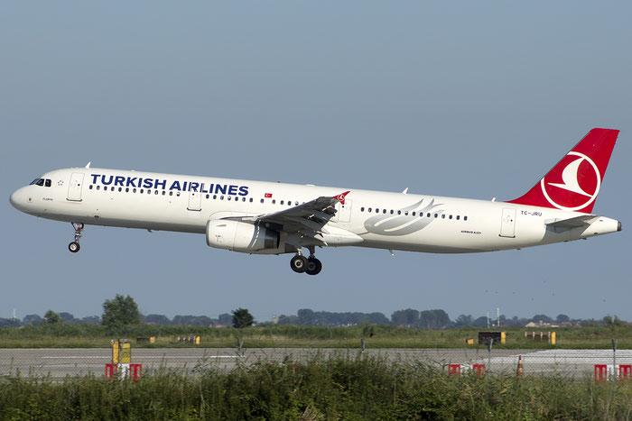 TC-JRU A321-231 4788 Turkish Airlines - THY Türk Hava Yollari @ Venezia Airport 20.07.2014 © Piti Spotter Club Verona