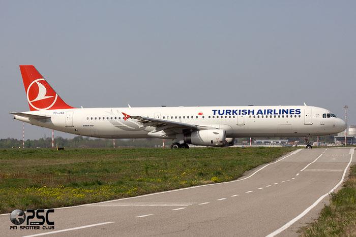 TC-JSG A321-231 5490 Turkish Airlines - THY Türk Hava Yollari @ Milano Malpensa Airport 06.04.2014 © Piti Spotter Club Verona