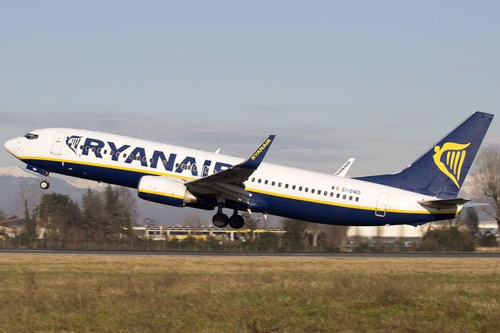 EI-DWD B737-8AS 33642/2389 Ryanair @ Treviso Airport 24.01.2015 © Piti Spotter Club Verona