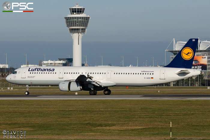 D-AIDD A321-231 4585 Lufthansa @ Munich Airport  13.12.2015 © Piti Spotter Club Verona