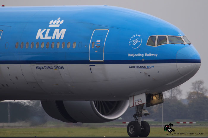 PH-BQD B777-206ER 33713/465 KLM Royal Dutch Airlines @ Amsterdam Airport - 24.10.2015  © Piti Spotter Club Verona