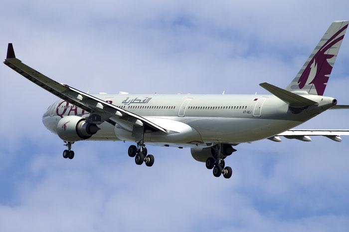 A7-AEJ A330-302E 826 Qatar Airways @ Venice Airport 22.08.2015 © Piti Spotter Club Verona