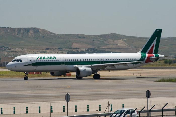 EI-IXU A321-112 434 Alitalia @ Madrid Airport 25.05.2011 © Piti Spotter Club Verona
