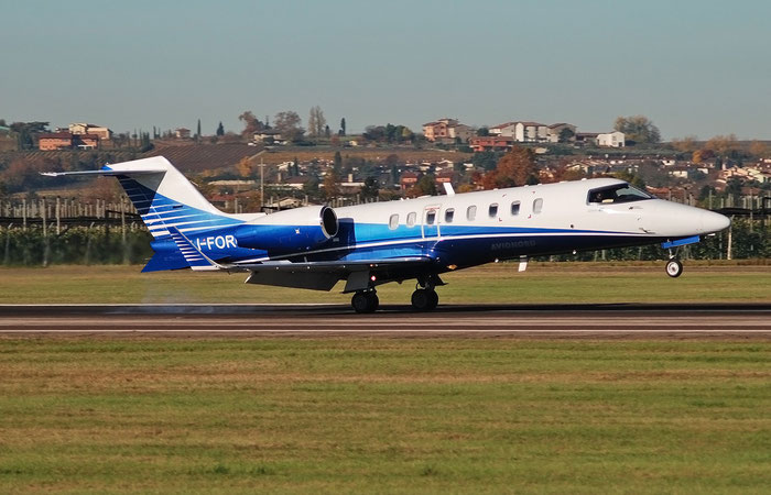 I-FORU  Learjet 45  45-036  Air Four SpA  @ Aeroporto di Verona 11.2020  © Piti Spotter Club Verona