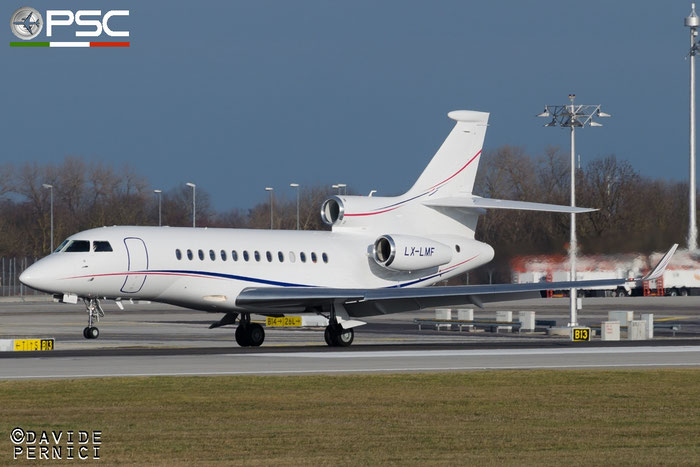 LX-LMF Falcon 7X 242 Global Jet Luxembourg @ Munich Airport 13.12.2015 © Piti Spotter Club Verona