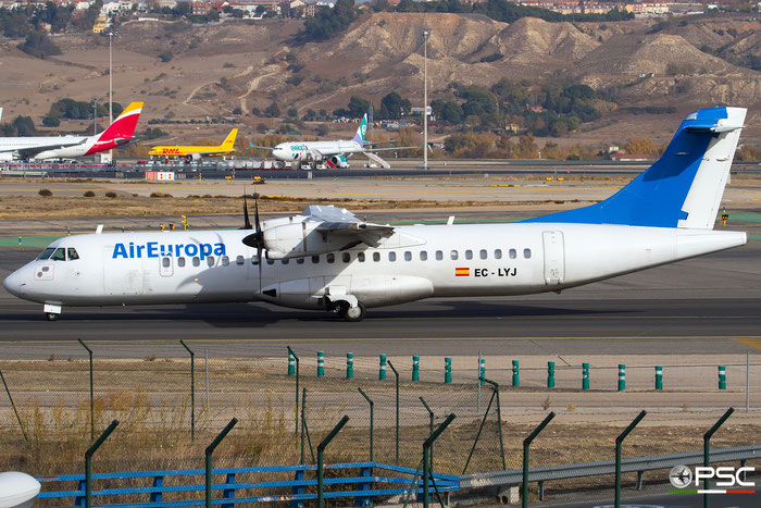 EC-LYJ ATR72-212 468 Air Europa @ Madrid Airport 23.11.2017 © Piti Spotter Club Verona