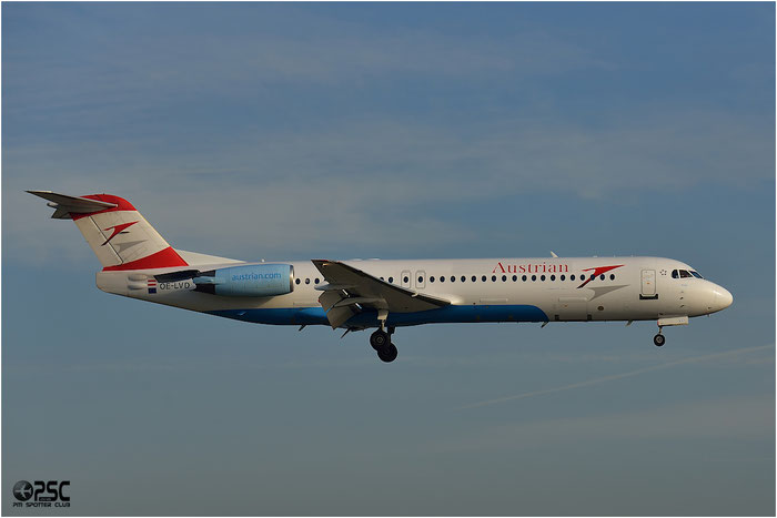 OE-LVD Fokker 100 11515 Austrian Airlines @ Bologna Airport 06.12.2013 © Piti Spotter Club Verona